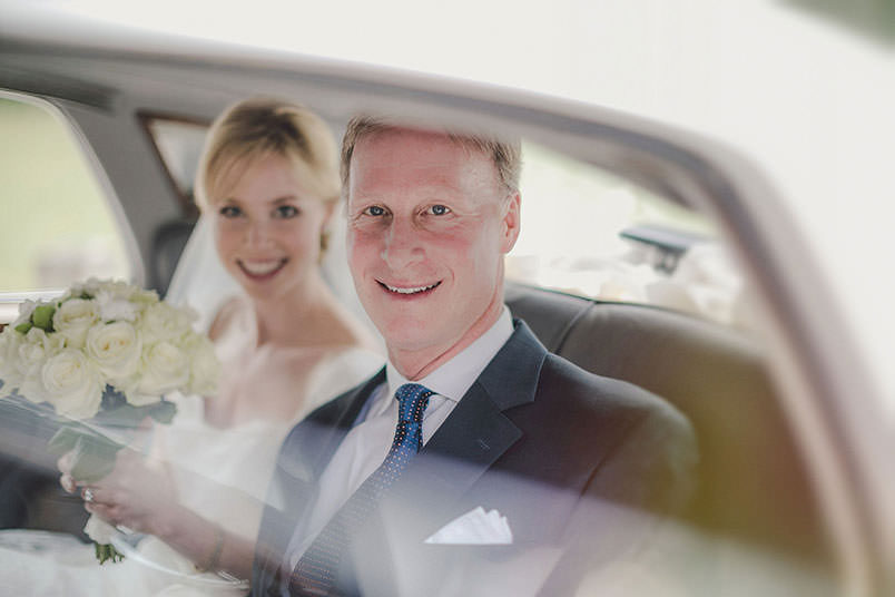 A modern vintage wedding: the bride with his father