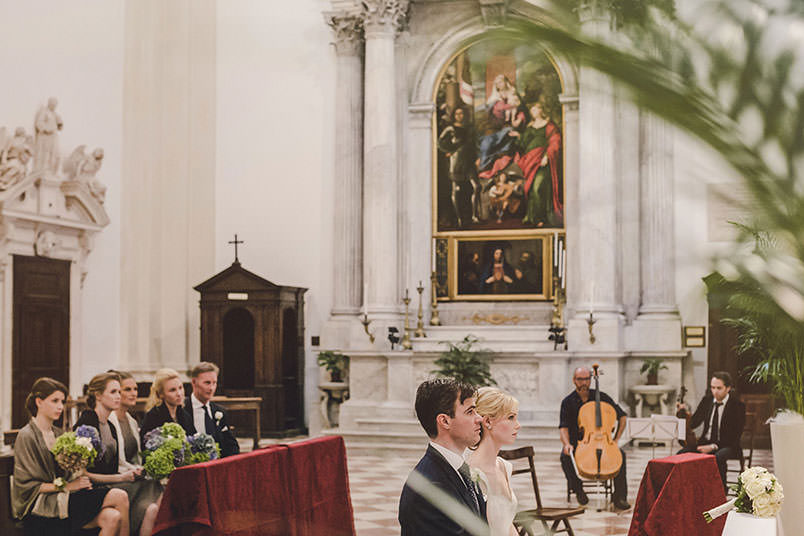 A modern vintage wedding: inside the church