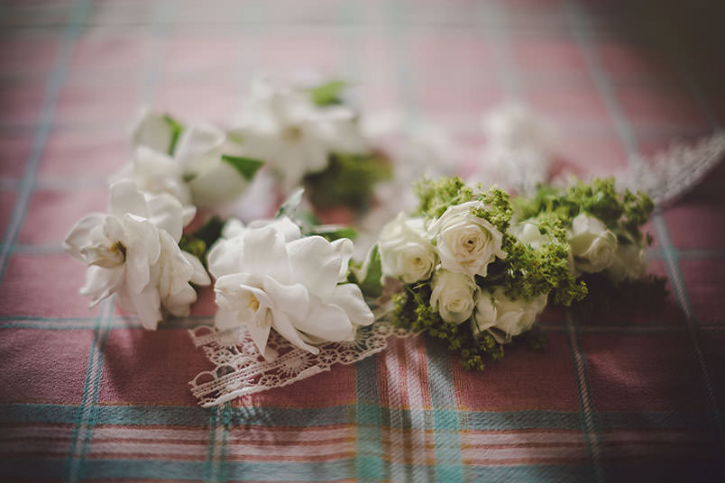 A modern vintage wedding in Italy: flowers