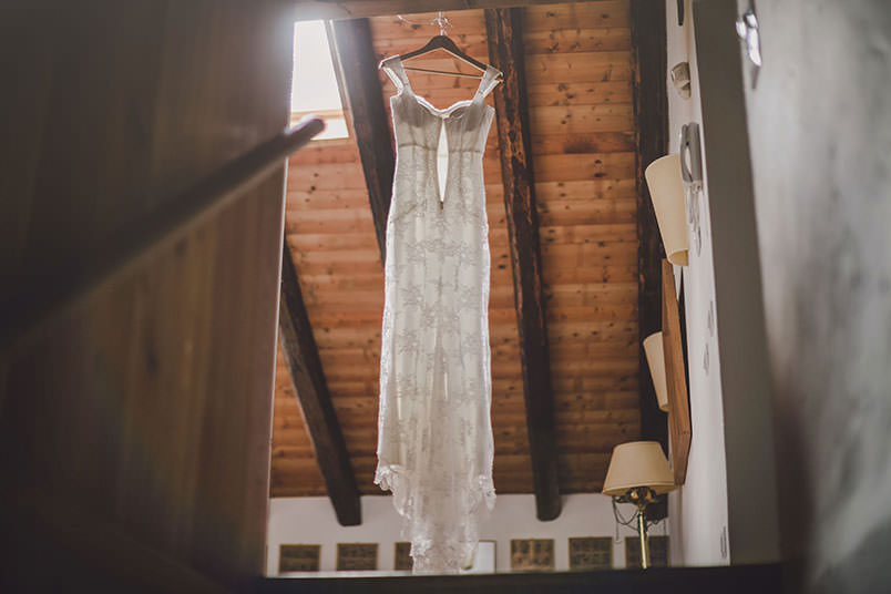 A modern vintage wedding in Italy: the dress