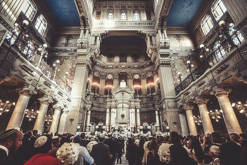 ROME: JEWISH WEDDING AT THE GREAT SYNAGOGUE