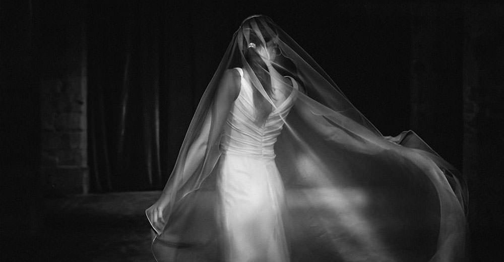 Elegant bride. Black and white photo