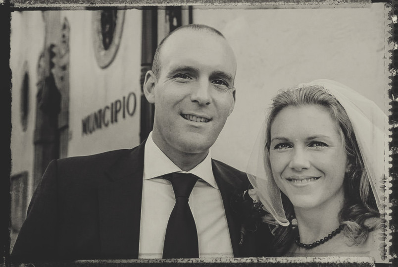 Wedding photography: Polaroid emulation (the bride and groom).