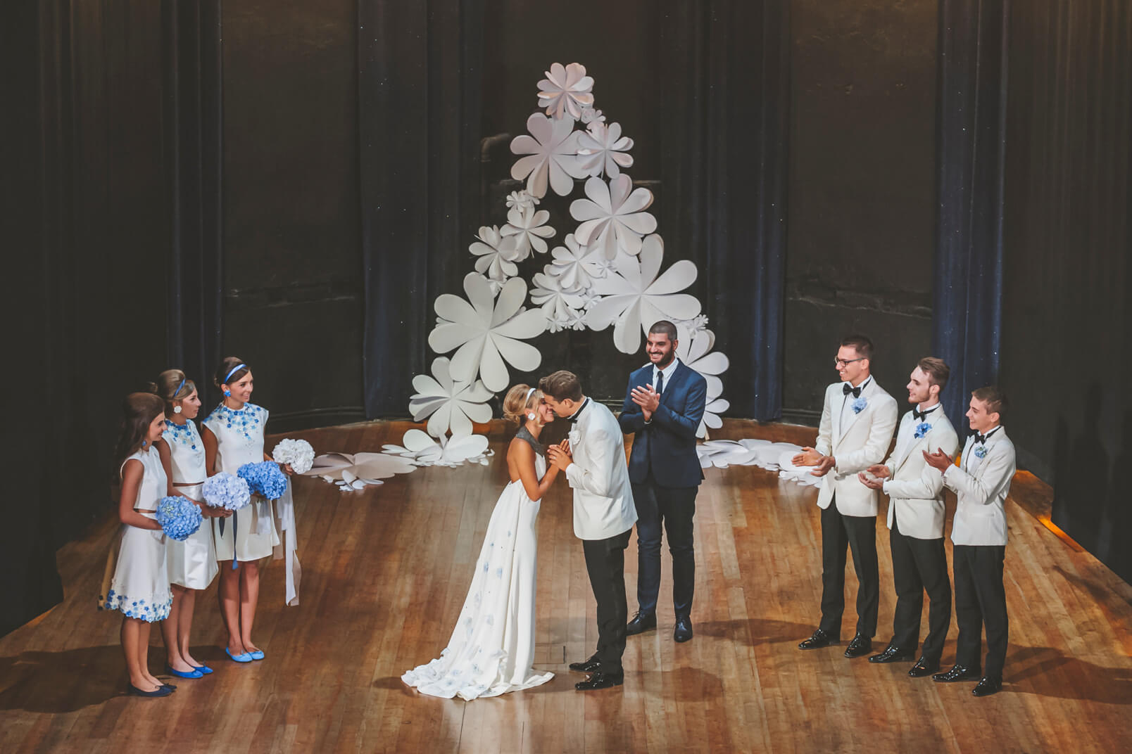 Wedding ceremony: the first kiss.