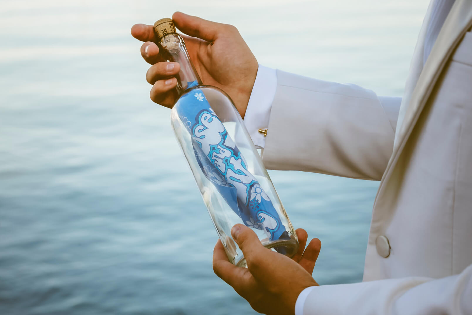 1960's mood wedding: message in a bottle